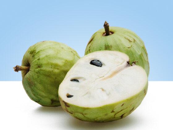 fruta en casa chirimoyas